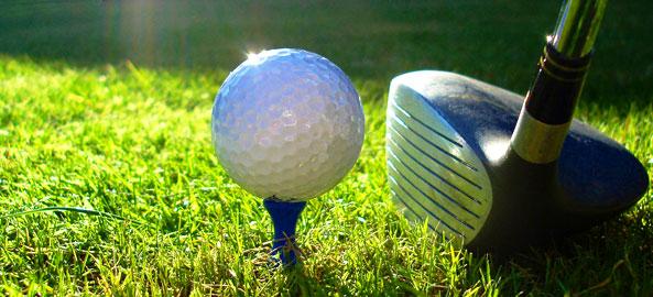 Pola golfowe przy hotelu na Majorce